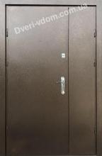 Полуторные двери «Молоток» коричневые улица
